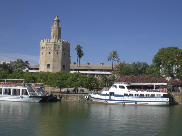Torre del Oro y el río Guadalquivir